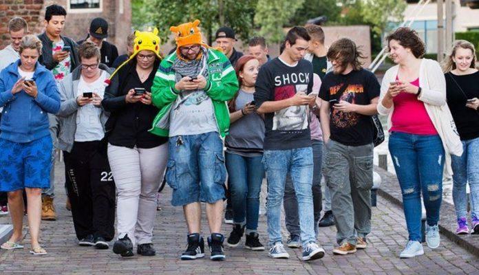efecte-smartphone-copii-adolescenti